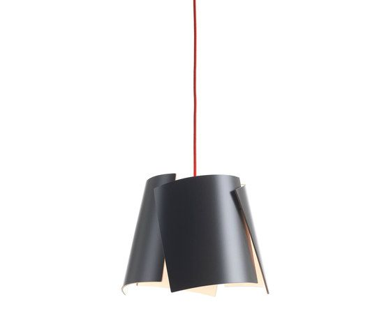 https://res.cloudinary.com/clippings/image/upload/t_big/dpr_auto,f_auto,w_auto/v2/product_bases/leaf-28-pendant-grey-red-cable-by-bsweden-bsweden-marit-stigsdotter-staffan-lind-clippings-7028882.jpg
