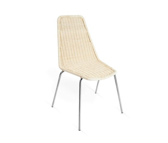 https://res.cloudinary.com/clippings/image/upload/t_big/dpr_auto,f_auto,w_auto/v2/product_bases/mafalda-chair-by-point-point-clippings-1720612.jpg