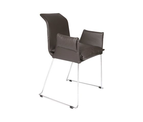 https://res.cloudinary.com/clippings/image/upload/t_big/dpr_auto,f_auto,w_auto/v2/product_bases/mexico-chair-by-kff-kff-clippings-1960082.jpg
