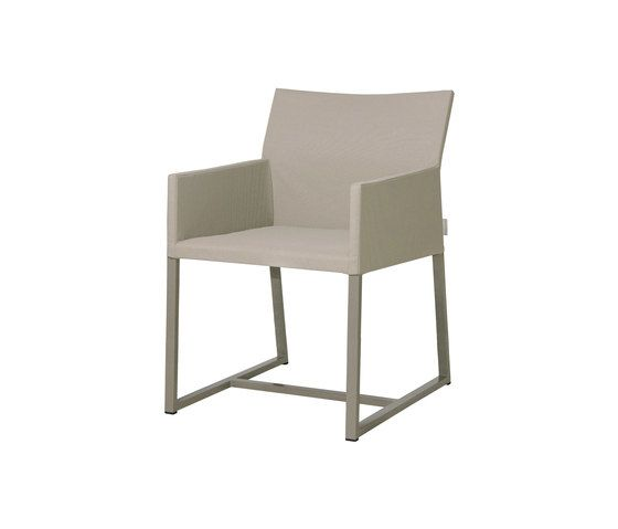 https://res.cloudinary.com/clippings/image/upload/t_big/dpr_auto,f_auto,w_auto/v2/product_bases/mono-dining-chair-by-mamagreen-mamagreen-clippings-6351732.jpg