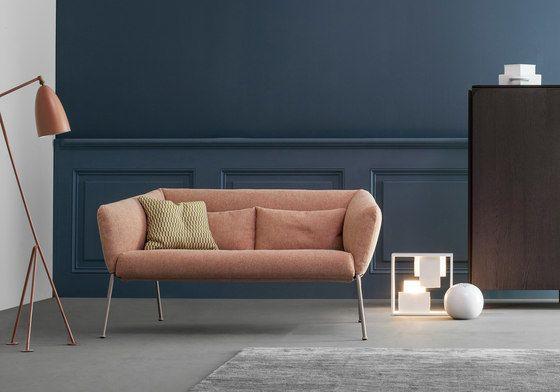 Bonaldo,Sofas,couch,floor,furniture,interior design,living room,material property,room,sofa bed,studio couch,table