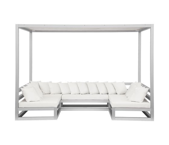 GANDIABLASCO,Outdoor Furniture,furniture,studio couch,table