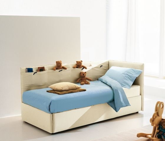Bonaldo,Beds,bed,bed frame,bedroom,comfort,couch,furniture,interior design,mattress,room,sofa bed,studio couch