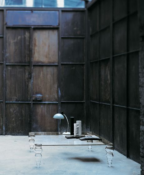 Glas Italia,Coffee & Side Tables,architecture,chair,furniture,iron,table,urban area,wall