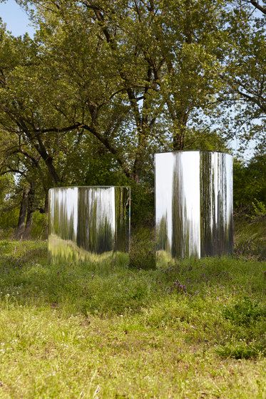 Glas Italia,Screens,grass,leaf,natural landscape,nature,nature reserve,plant,spring,tree,water,woody plant