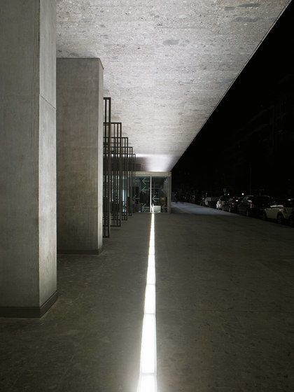 FontanaArte,Outdoor Lighting,architecture,building,column,light,line,wall