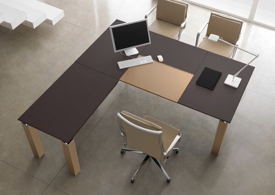 Quinti Sedute,Office Tables & Desks,chair,design,desk,furniture,interior design,material property,office,office chair,product,room,table