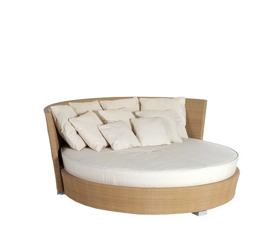 Point,Outdoor Furniture,bed,beige,chair,comfort,couch,furniture,sofa bed,studio couch
