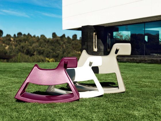 chair,furniture,grass,lawn,outdoor furniture,rocking chair,table