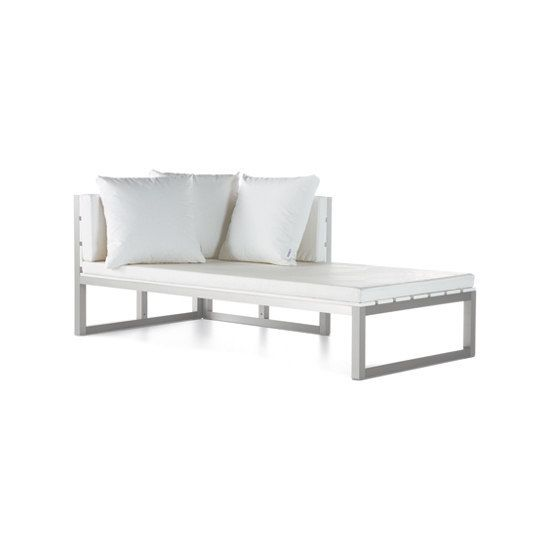 GANDIABLASCO,Outdoor Furniture,coffee table,furniture,outdoor furniture,sofa bed,studio couch,table,white