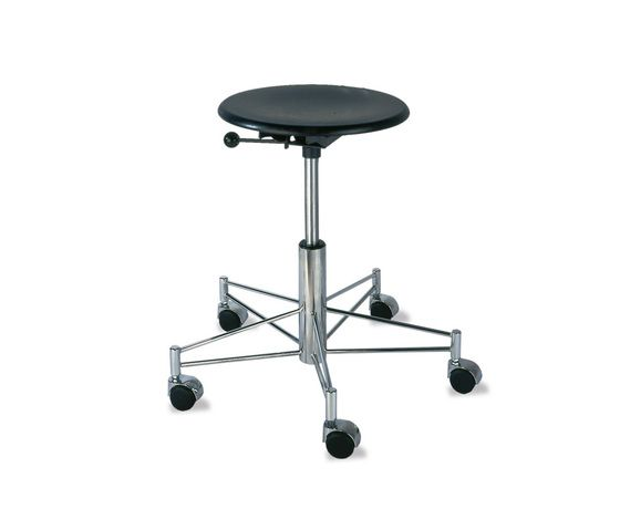https://res.cloudinary.com/clippings/image/upload/t_big/dpr_auto,f_auto,w_auto/v2/product_bases/se-43-swivel-stool-by-wilde-spieth-wilde-spieth-egon-eiermann-clippings-3248012.jpg