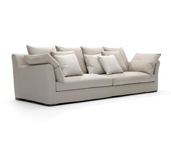 https://res.cloudinary.com/clippings/image/upload/t_big/dpr_auto,f_auto,w_auto/v2/product_bases/sergio-sofa-by-linteloo-linteloo-clippings-6980752.jpg