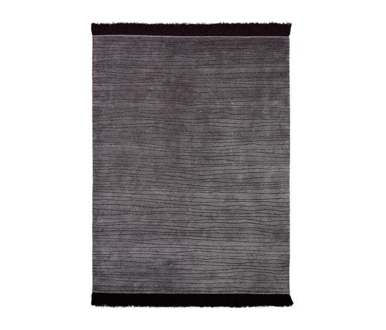 https://res.cloudinary.com/clippings/image/upload/t_big/dpr_auto,f_auto,w_auto/v2/product_bases/shibori-stripes-slate-by-reuber-henning-reuber-henning-birgit-krah-clippings-6898322.jpg