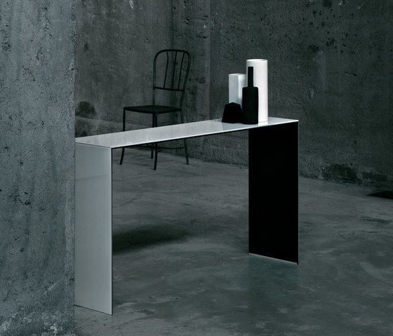 Glas Italia,Console Tables,design,desk,floor,furniture,line,material property,room,table,wall