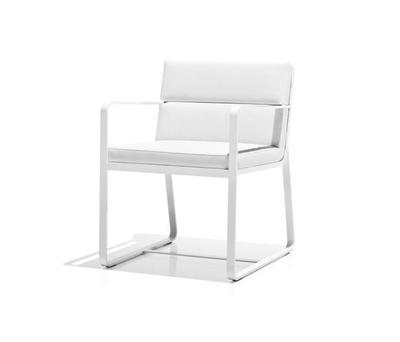 https://res.cloudinary.com/clippings/image/upload/t_big/dpr_auto,f_auto,w_auto/v2/product_bases/sit-armchair-by-bivaq-bivaq-andres-bluth-clippings-6280132.jpg
