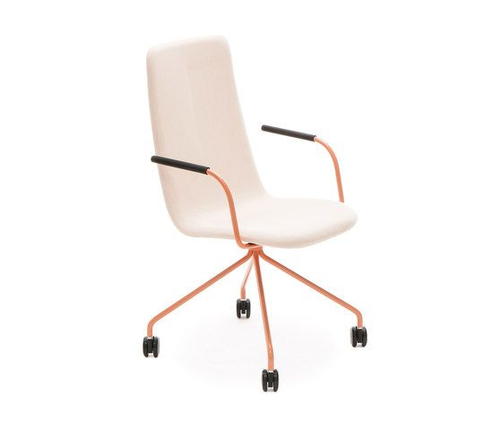 https://res.cloudinary.com/clippings/image/upload/t_big/dpr_auto,f_auto,w_auto/v2/product_bases/sola-conference-chair-with-four-leg-base-with-castors-high-backrest-by-martela-oyj-martela-oyj-antti-kotilainen-clippings-6707162.jpg