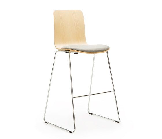 https://res.cloudinary.com/clippings/image/upload/t_big/dpr_auto,f_auto,w_auto/v2/product_bases/sola-high-bar-seat-upholstered-by-martela-oyj-martela-oyj-antti-kotilainen-clippings-5100002.jpg