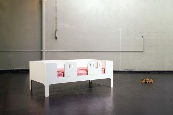 MORGEN,Beds,design,furniture,interior design,material property,room,table