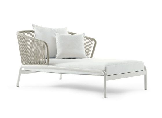 Roda,Seating,chair,chaise longue,couch,furniture,outdoor furniture,product,studio couch,white