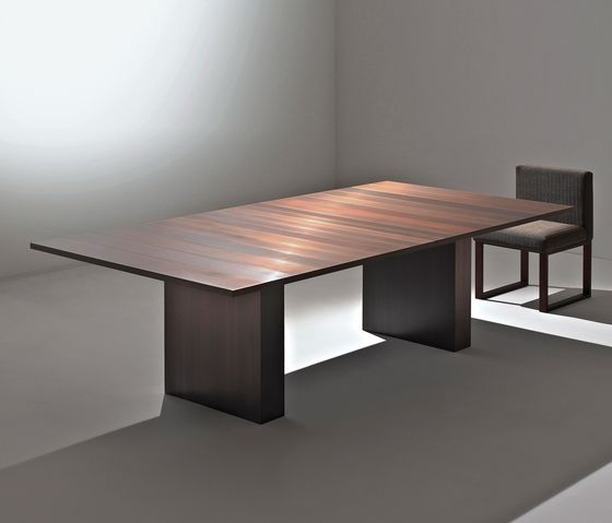 Laurameroni,Dining Tables,coffee table,design,desk,furniture,material property,outdoor table,room,table