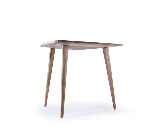 https://res.cloudinary.com/clippings/image/upload/t_big/dpr_auto,f_auto,w_auto/v2/product_bases/stealth-table-by-hookl-und-stool-hookl-und-stool-aleksandar-ugresic-clippings-2160662.jpg