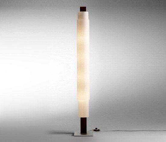 https://res.cloudinary.com/clippings/image/upload/t_big/dpr_auto,f_auto,w_auto/v2/product_bases/stele-floor-lamp-by-domus-domus-philipp-best-clippings-4204362.jpg