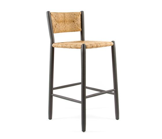 https://res.cloudinary.com/clippings/image/upload/t_big/dpr_auto,f_auto,w_auto/v2/product_bases/stipa-9092-highchair-by-maiori-design-maiori-design-clippings-4938152.jpg