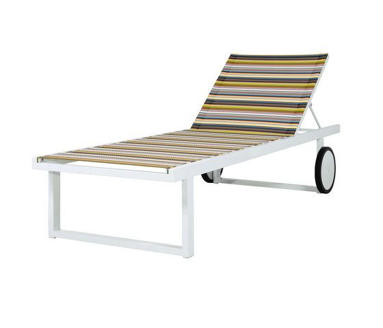 Mamagreen,Outdoor Furniture,chair,chaise longue,furniture,line,outdoor furniture,sunlounger