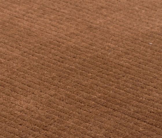 https://res.cloudinary.com/clippings/image/upload/t_big/dpr_auto,f_auto,w_auto/v2/product_bases/suite-sthlm-wool-brown-by-kymo-kymo-clippings-6160892.jpg