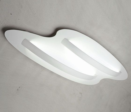 https://res.cloudinary.com/clippings/image/upload/t_big/dpr_auto,f_auto,w_auto/v2/product_bases/surfin-ceiling-wall-mod-by-millelumen-millelumen-dieter-k-weis-clippings-2356862.jpg