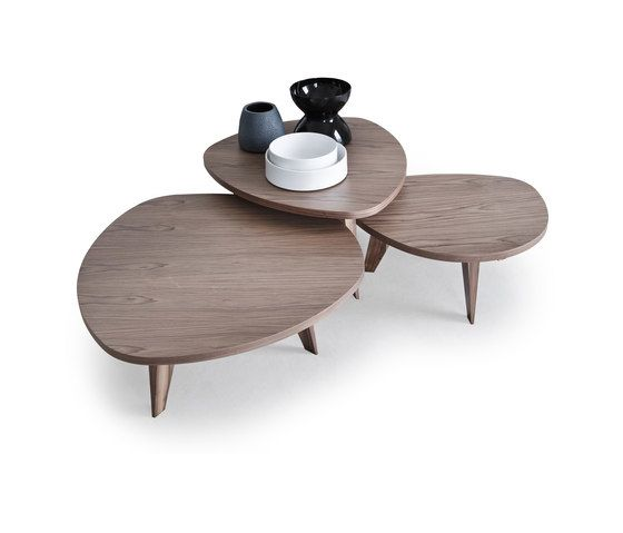 https://res.cloudinary.com/clippings/image/upload/t_big/dpr_auto,f_auto,w_auto/v2/product_bases/tavolini-9500-40-41-42-table-by-vibieffe-vibieffe-gianluigi-landoni-clippings-3795292.jpg