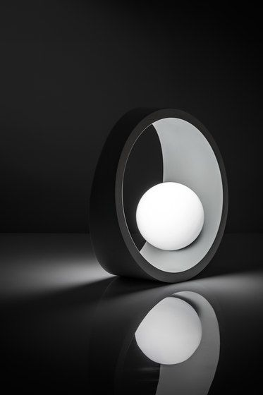 ILIDE,Pendant Lights,black,black-and-white,circle,design,light,lighting,monochrome,sky,still life photography