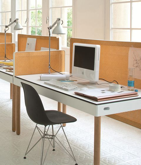 Imasoto,Screens,building,chair,computer desk,design,desk,desktop computer,furniture,interior design,material property,office,office chair,orange,product,room,table