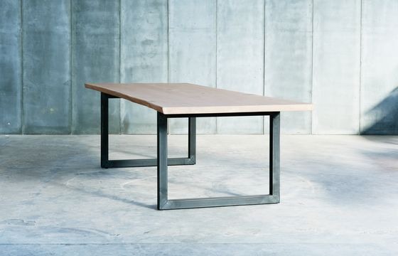Heerenhuis,Dining Tables,coffee table,desk,end table,furniture,outdoor table,table