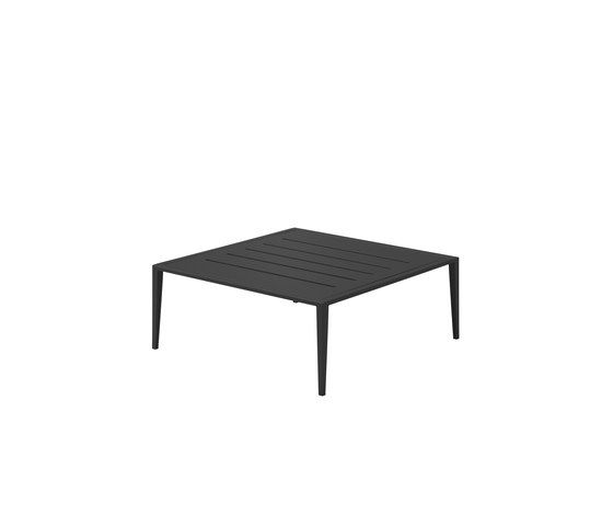 https://res.cloudinary.com/clippings/image/upload/t_big/dpr_auto,f_auto,w_auto/v2/product_bases/vista-coffee-table-by-gloster-furniture-gloster-furniture-carsten-astheimer-clippings-7903182.jpg