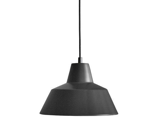 https://res.cloudinary.com/clippings/image/upload/t_big/dpr_auto,f_auto,w_auto/v2/product_bases/workshop-lamp-w2-by-made-by-hand-made-by-hand-a-wedel-madsen-clippings-8220412.jpg