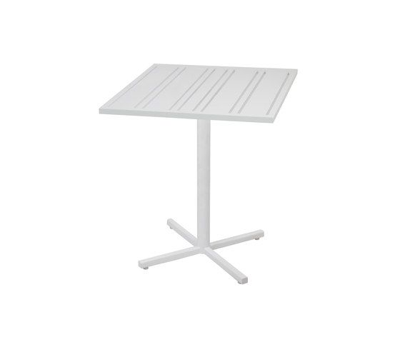 Mamagreen,High Tables,desk,furniture,outdoor table,rectangle,table