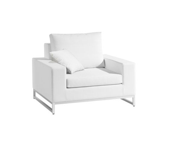 Manutti,Armchairs,chair,club chair,furniture,white
