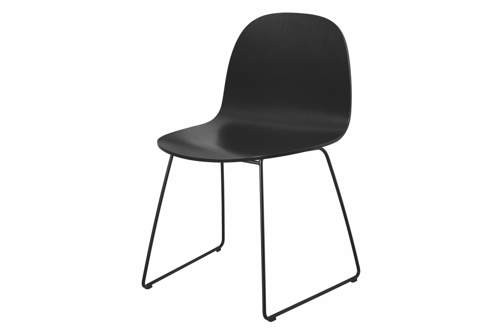 https://res.cloudinary.com/clippings/image/upload/t_big/dpr_auto,f_auto,w_auto/v2/products/2d-sledge-base-dining-chair-black-stained-beech-black-base-gubi-komplot-design-clippings-1413711.png