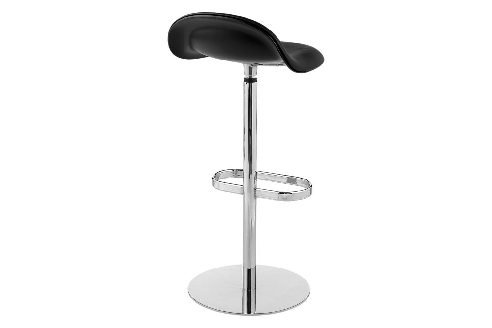 https://res.cloudinary.com/clippings/image/upload/t_big/dpr_auto,f_auto,w_auto/v2/products/3d-bar-stool-front-upholstered-returning-swivel-base-hirek-shell-gubi-hirek-black-semi-matt-price-grp-01-gubi-komplot-design-clippings-11186890.jpg