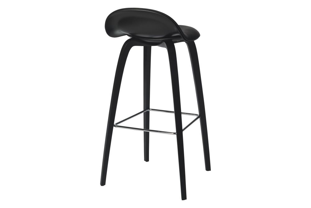 https://res.cloudinary.com/clippings/image/upload/t_big/dpr_auto,f_auto,w_auto/v2/products/3d-bar-stool-front-upholstered-wood-base-hirek-shell-gubi-wood-black-stained-beech-gubi-hirek-black-semi-matt-price-grp-01-gubi-metal-chrome-gubi-komplot-design-clippings-11187432.jpg