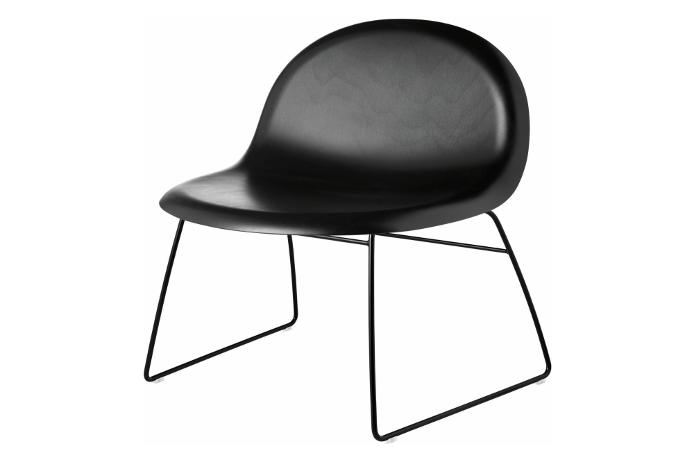 https://res.cloudinary.com/clippings/image/upload/t_big/dpr_auto,f_auto,w_auto/v2/products/3d-sledge-base-lounge-chair-black-stained-beech-black-lacquered-base-gubi-komplot-design-clippings-1421471.png