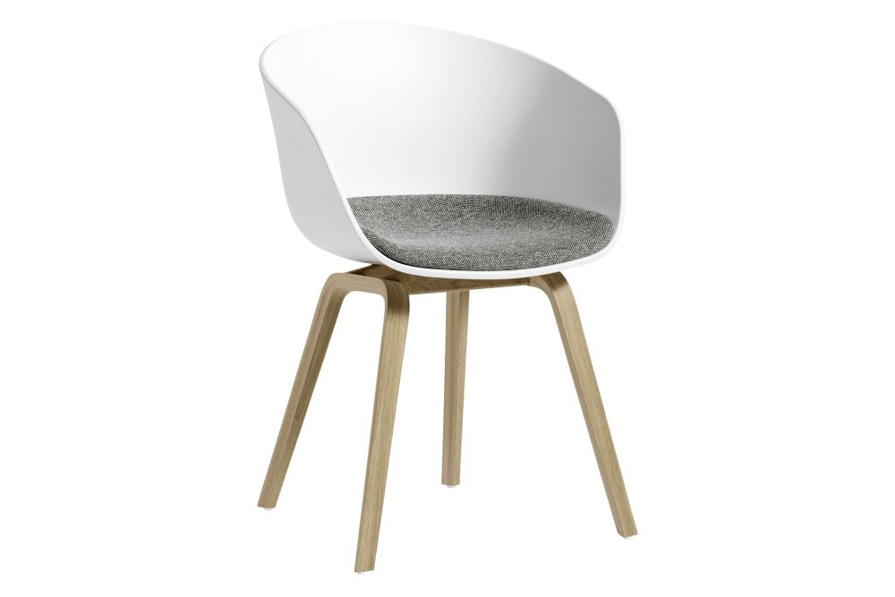 https://res.cloudinary.com/clippings/image/upload/t_big/dpr_auto,f_auto,w_auto/v2/products/aac-22-dining-chair-fixed-seat-cushion-fabric-group-1-plastic-white-wood-soaped-oak-hay-hee-welling-hay-clippings-11230634.jpg