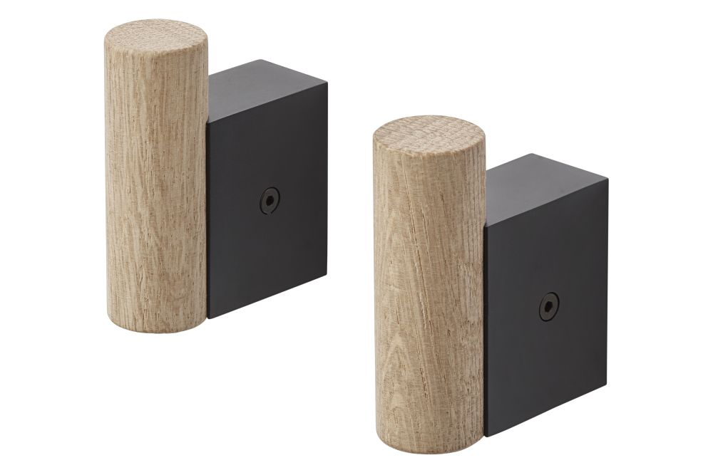 https://res.cloudinary.com/clippings/image/upload/t_big/dpr_auto,f_auto,w_auto/v2/products/attach-coat-hooks-set-of-2-oak-black-muuto-dimitri-b%C3%A4hler-clippings-11345162.jpg