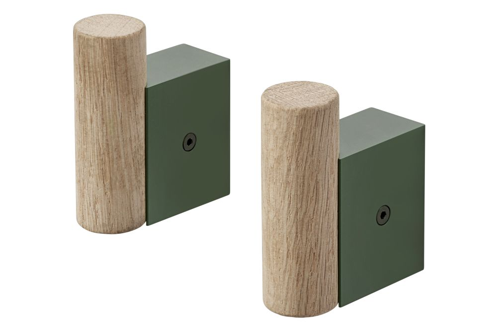 https://res.cloudinary.com/clippings/image/upload/t_big/dpr_auto,f_auto,w_auto/v2/products/attach-coat-hooks-set-of-2-oak-dark-green-muuto-dimitri-b%C3%A4hler-clippings-11345164.jpg