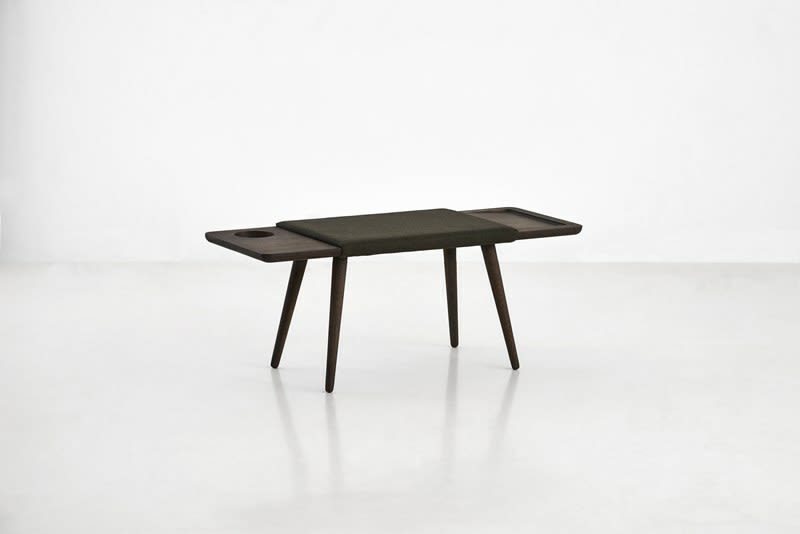 https://res.cloudinary.com/clippings/image/upload/t_big/dpr_auto,f_auto,w_auto/v2/products/baenk-bench-smoked-oak-woud-9280481.jpg