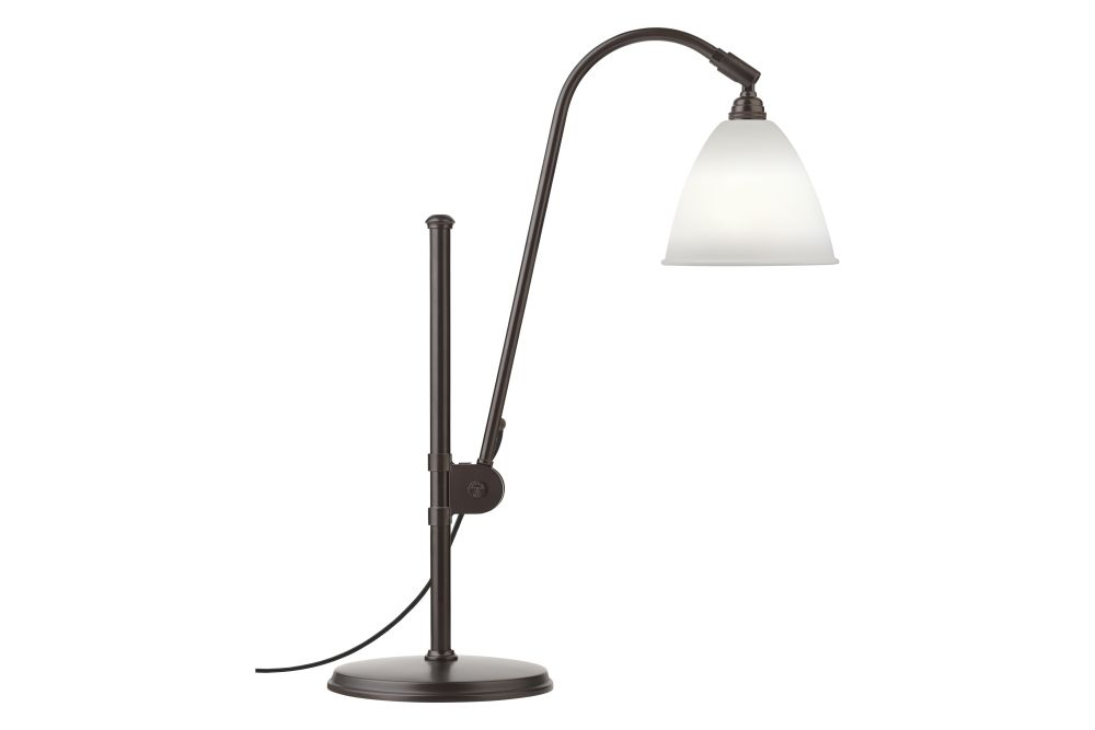 https://res.cloudinary.com/clippings/image/upload/t_big/dpr_auto,f_auto,w_auto/v2/products/bestlite-bl1-table-lamp-black-brass-base-small-bone-china-black-brass-gubi-robert-dudley-best-clippings-11177414.jpg