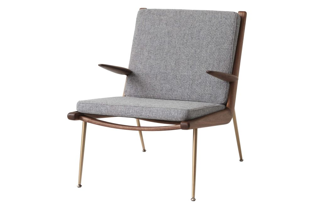 https://res.cloudinary.com/clippings/image/upload/t_big/dpr_auto,f_auto,w_auto/v2/products/boomerang-hm2-lounge-chair-with-armrests-fabric-gr-2-oiled-walnut-tradition-hvidt-m%C3%B8lgaard-clippings-11359516.jpg