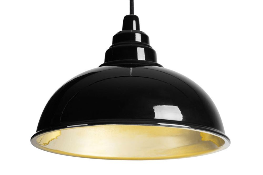 https://res.cloudinary.com/clippings/image/upload/t_big/dpr_auto,f_auto,w_auto/v2/products/botega-pendant-lamp-black-and-gold-enrico-zanolla-enrico-zanolla-clippings-1166391.jpg