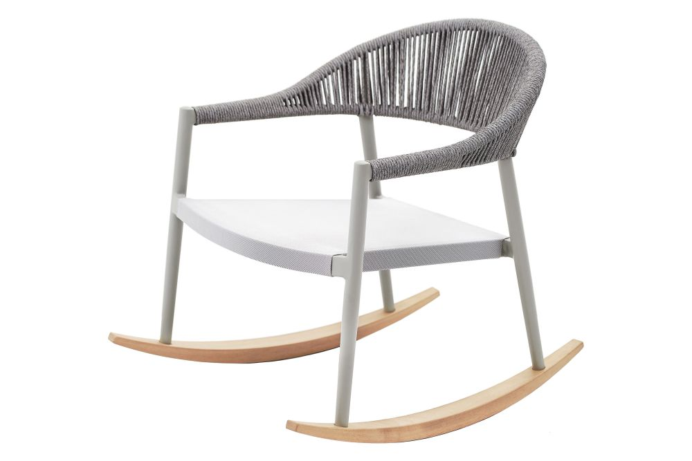 https://res.cloudinary.com/clippings/image/upload/t_big/dpr_auto,f_auto,w_auto/v2/products/clever-rocking-lounge-armchair-upholstered-229d5-silk-grey-acquerello-cat-c-varaschin-rd-varaschin-clippings-11199195.jpg